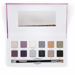Cargo Cosmetics Getaway 12 eyeshadow palette